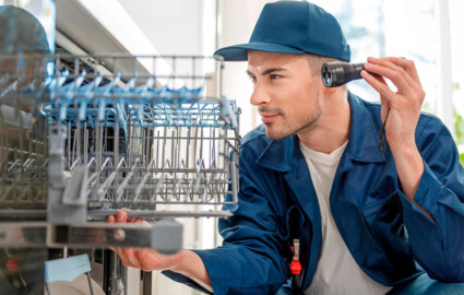 5 Signs It's Time to Buy a New Dishwasher
