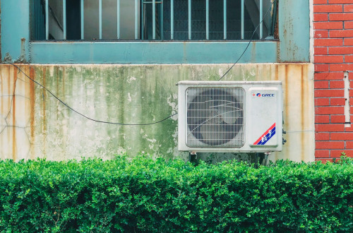 What To Do if Your Air Conditioner Not Blowing Cold Air